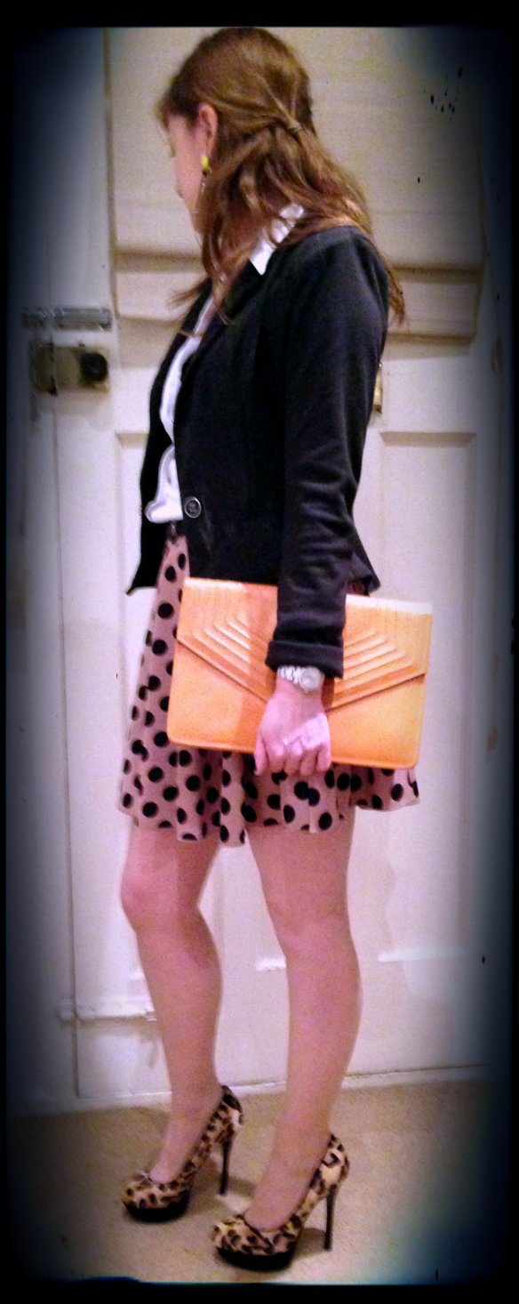 Skirt: Rare at ASOS Blazer: Jane Norman Blouse: Mango Bag: Vintage Shoes: Jessica Simpson for Kurt Geiger Hair: didn't have time to dry it properly today